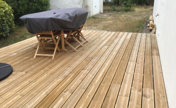 Création d'une terrasse en bois sur plots