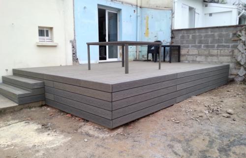 Création d'une terrasse en bois composite